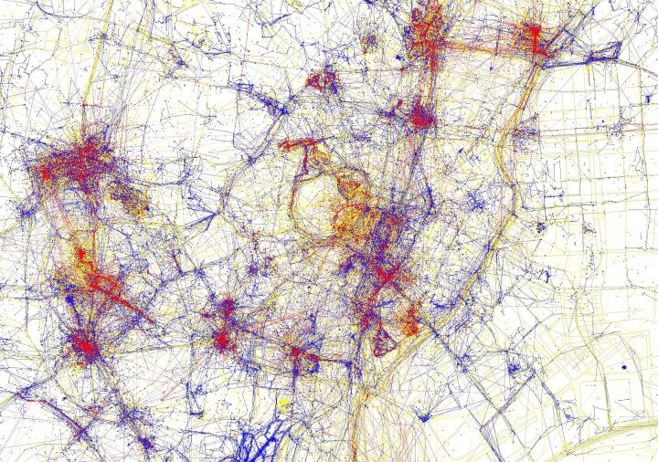 Tourists Vs Locals Cities Based On Where People Take Photos - Tokyo map for tourists